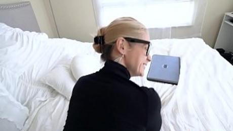 Big ass blonde milf discovers her son watches stepmom porn