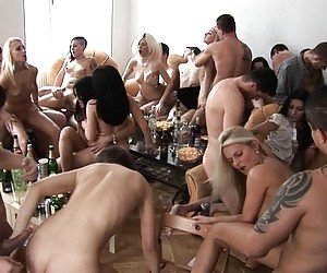 Group Pussy Tube