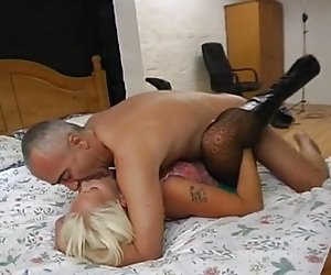 Missionary Pussy Tube