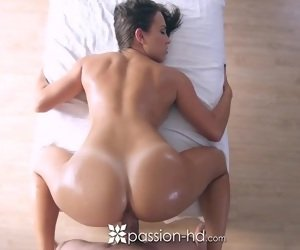 Pussy Tan Lines Tube